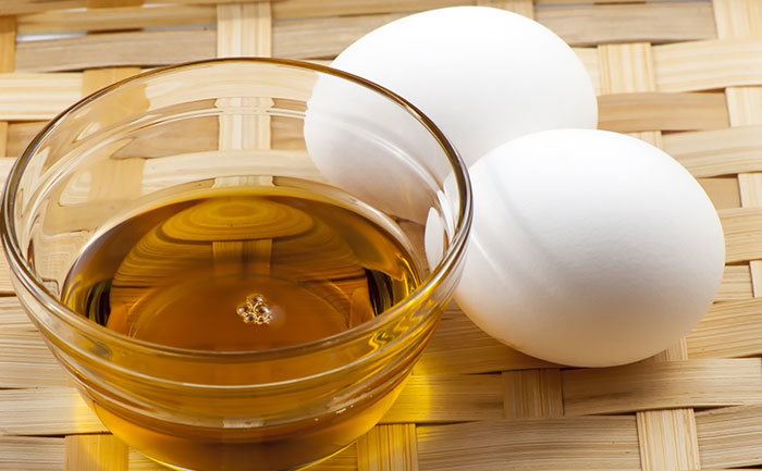 Olive-oil-with-egg